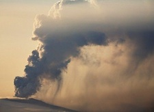 Eyjafjoell volcano - spectacular but little effect on global climate